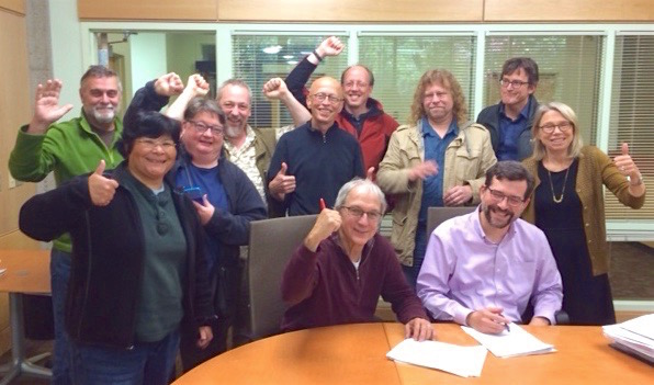 UFE & TESC bargaining teams signing the tentative agreement on Oct. 15, 2015